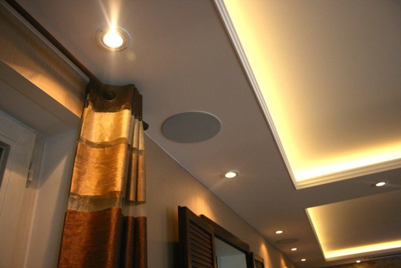 lautsprecher wie finde ich die richtigen lautsprecher. Black Bedroom Furniture Sets. Home Design Ideas