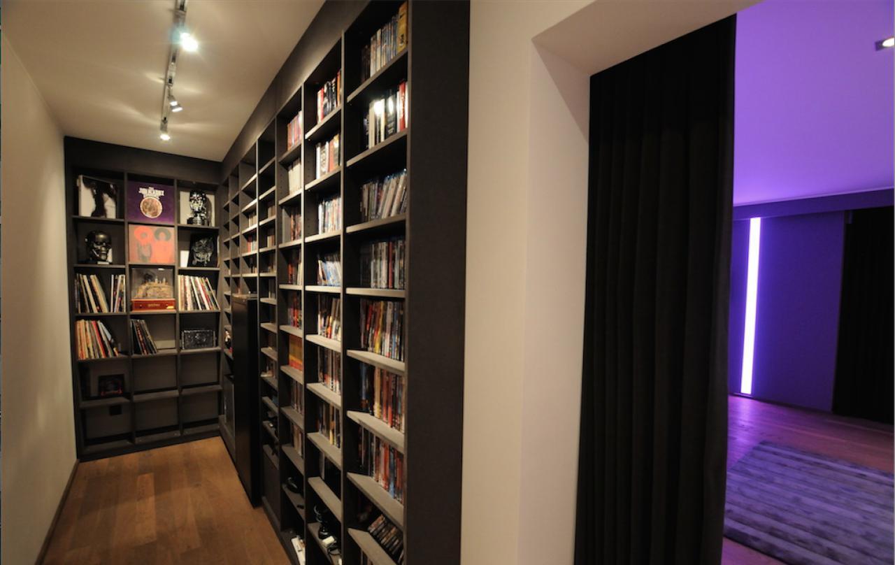 heimkino l sung the purple lounge im gro raum trier l. Black Bedroom Furniture Sets. Home Design Ideas