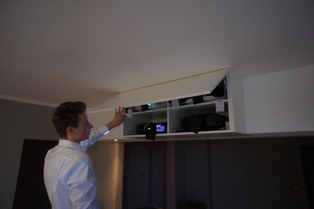 tv schrank verstecken inspirierendes design f r wohnm bel. Black Bedroom Furniture Sets. Home Design Ideas