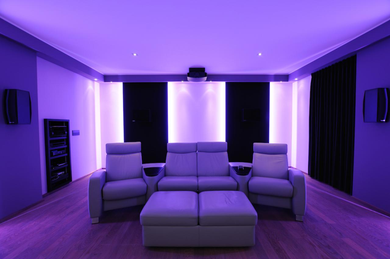 heimkino die neuesten innenarchitekturideen. Black Bedroom Furniture Sets. Home Design Ideas