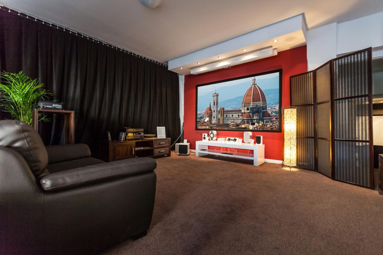 Stunning beamer im wohnzimmer gallery home design ideas