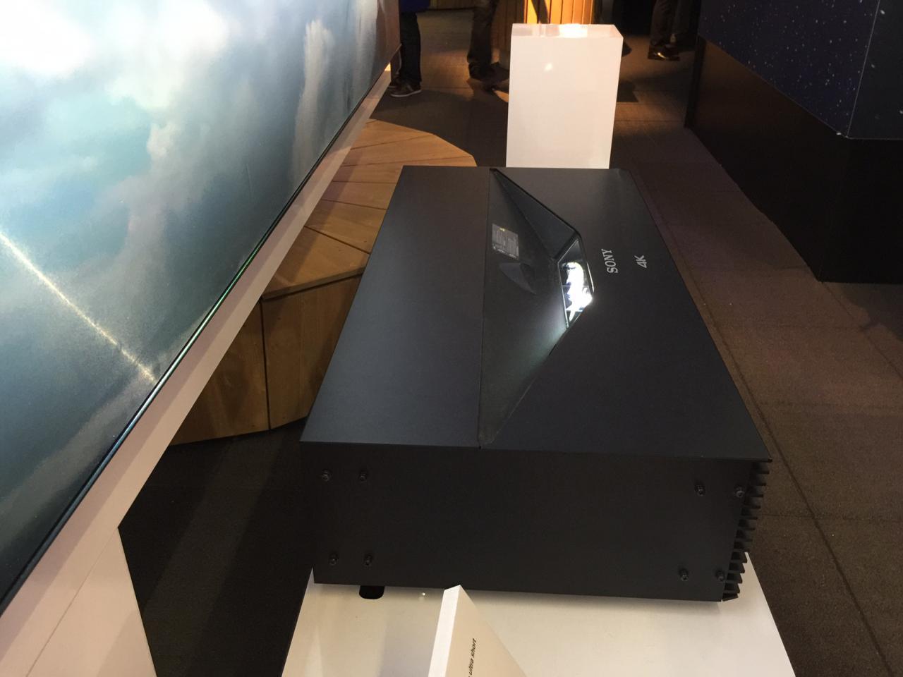 der ise 2016 messe bericht teil 2. Black Bedroom Furniture Sets. Home Design Ideas