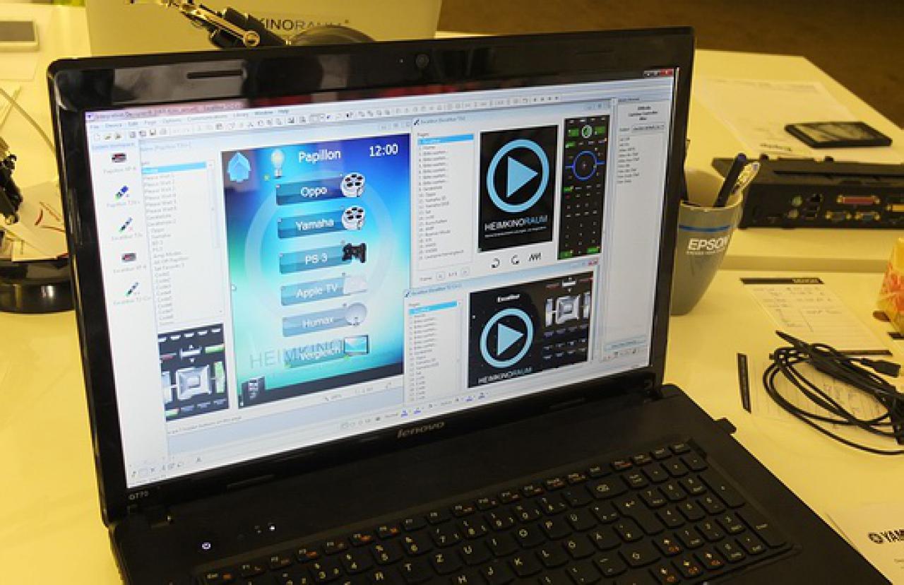 Programmierung RTI System Steuerung und Fernbedienung
