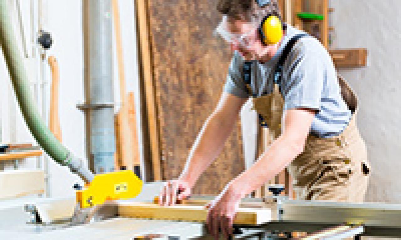 Heimkino Aufbau und Montage in Zusammenarbeit mit anderen Gewerken