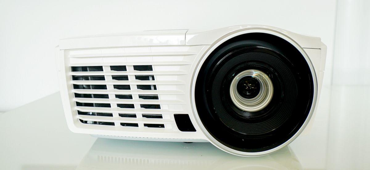 vivitek h1189 bianco 5 - Vivitek H1189 Bianco - FullHD 3D Beamer - Heimkinoraum Edition