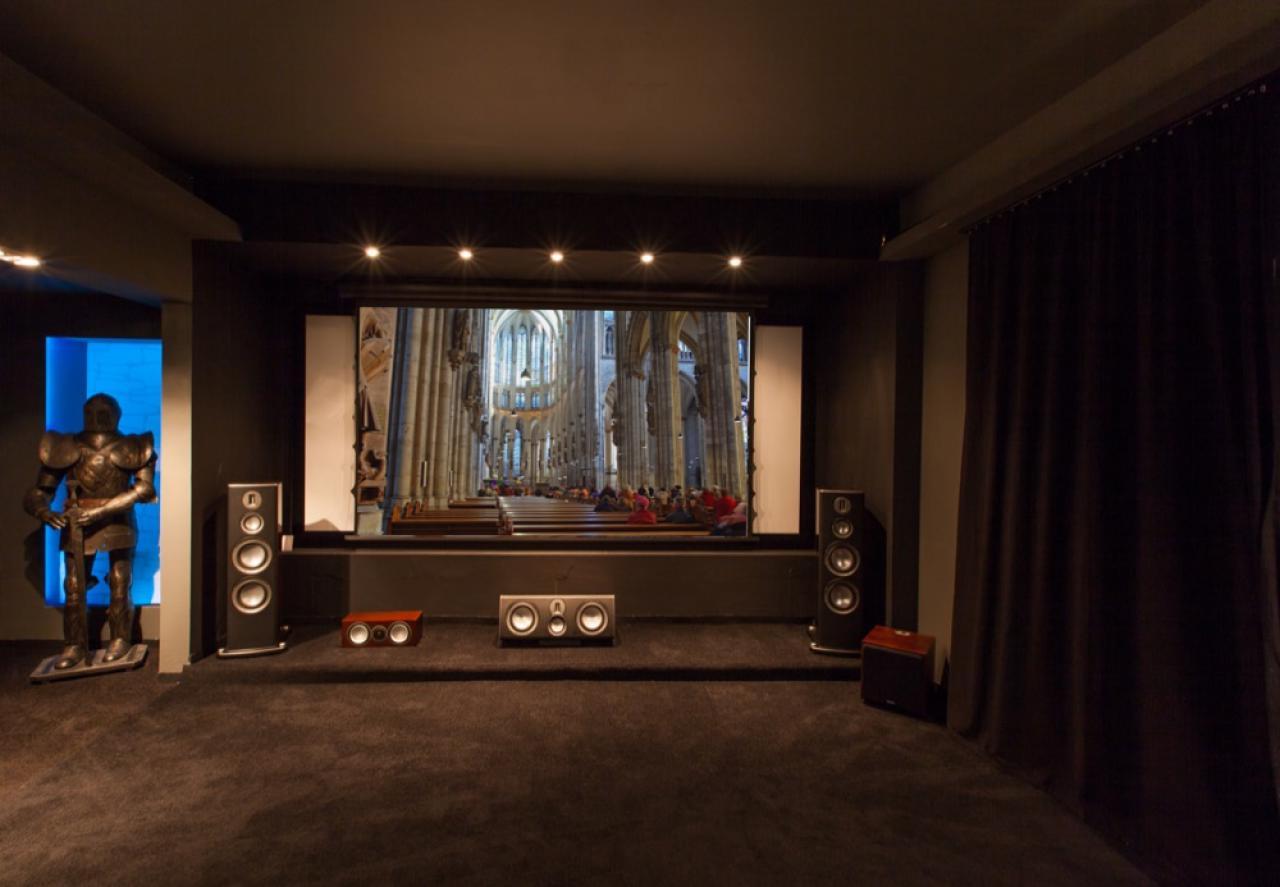 Heimkinoraum Excalibur Kino