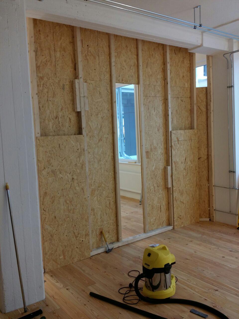 Wandverkleidung Holz Bremen ~   Zuschnitten und sehr viel Holz wurde die Grundkonstruktion geschaffen