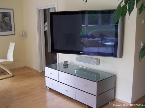 kabel verstecken fernseher an der wand. Black Bedroom Furniture Sets. Home Design Ideas