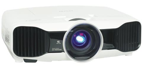 Epson TW9200W eingeschalten Frontansicht