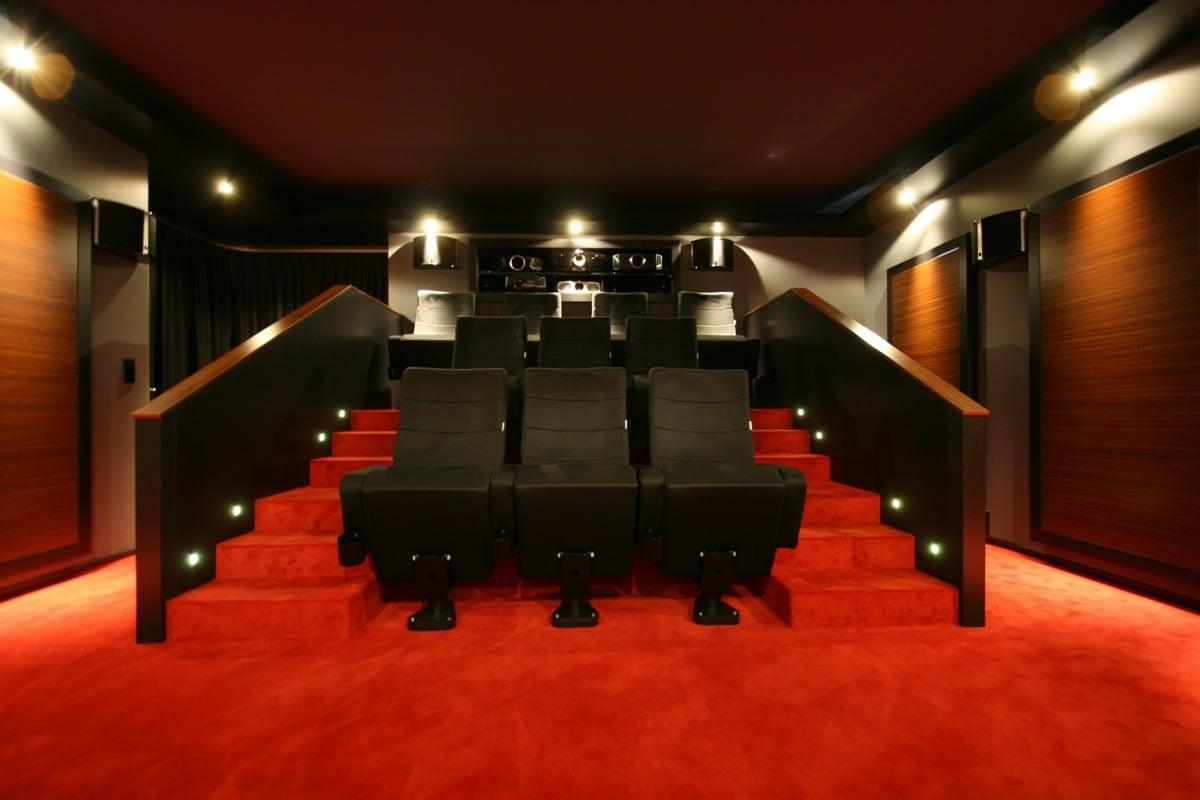 heimkino raum in raum demokino ascendo immersive audio wohnzimmer oder kinoraum die qual der. Black Bedroom Furniture Sets. Home Design Ideas
