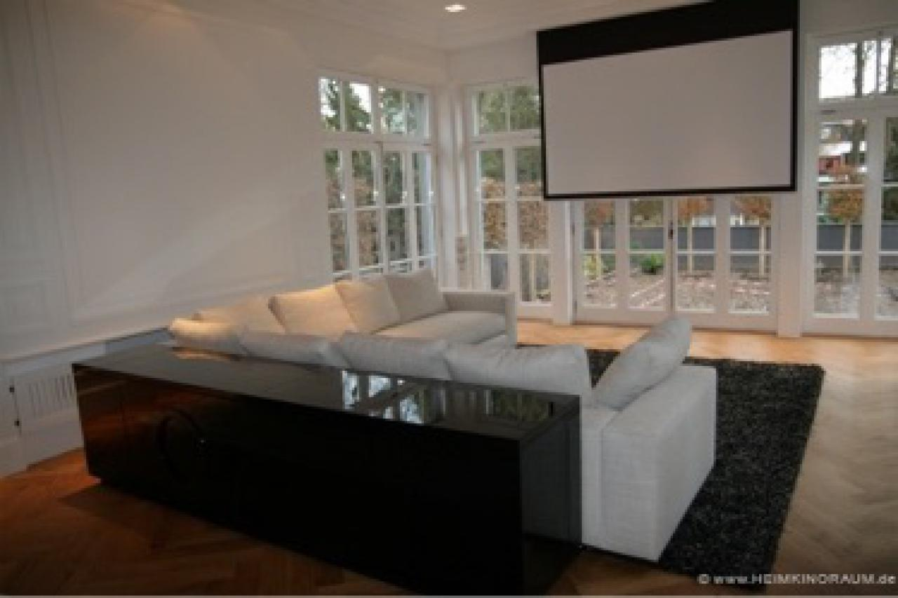 in 10 schritten zum eigenen heimkino. Black Bedroom Furniture Sets. Home Design Ideas